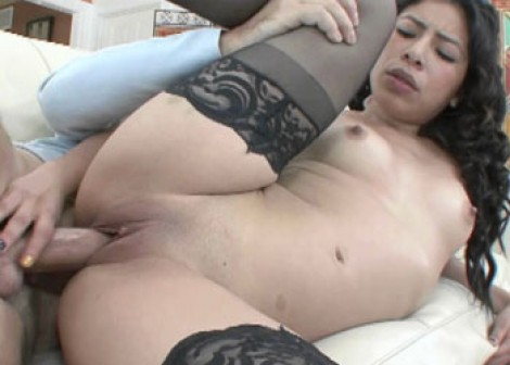 Latina slut Nicole fucks an old dude